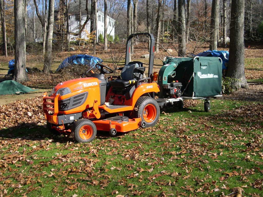 Cyclone Rake Commander Leaf and Lawn Vacuum